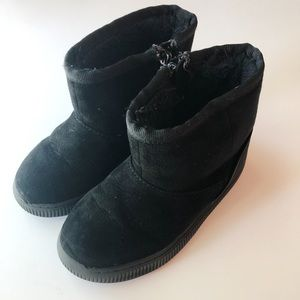 Black Cozy Boots - Toddler Girl